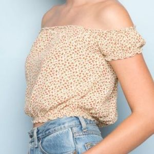 crop top blouse (off the shoulder)